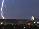 800px-Lightning_strike_near_Capitol_building